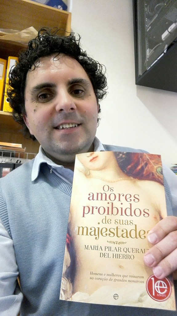 """Paulo Santos, vencedor do Passatempo: 3 livros """"Os Amores Proibidos de Suas Majestades"""""""