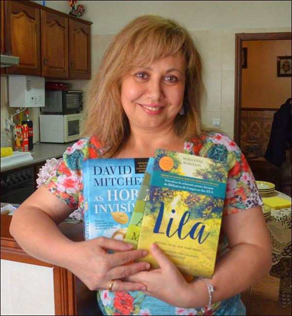 Ana Paula Gonçalves, vencedora do Passatempo 6 Meses de Like3ZA.pt - pack de romances