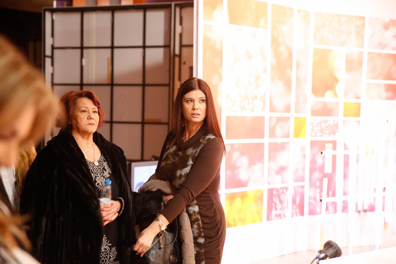Teresa Guilherme nos bastidores da televisão - Gisela e mãe, Dona Dilar