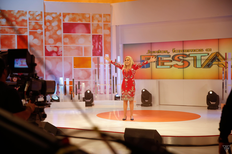 Teresa Guilherme nos bastidores da televisão - estamos no ar