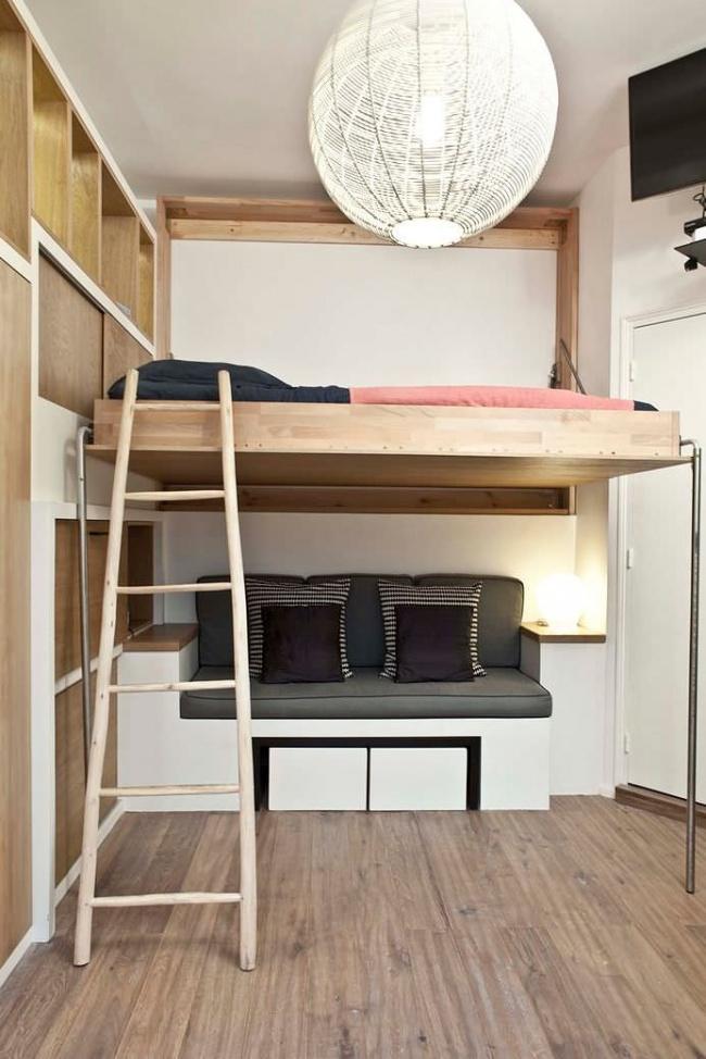 Ideias para espaços pequenos - espaço clean minimista com cama sobre elevada