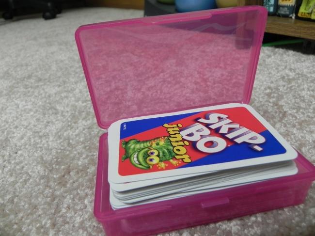 Dicas para nunca mais perder nada -  saboneteira para guardar cartas de jogar