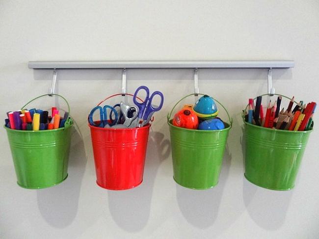 Dicas para nunca mais perder nada - vasos de plantas para guardar material de desenho e pintura