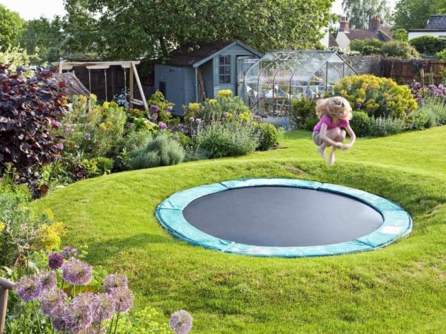 Invenções para tirar o melhor partido do seu jardim - trampolim