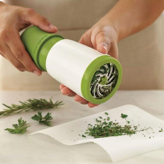 Objectos de sonho para qualquer cozinha - Moinho para ervas aromáticas