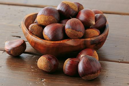 Top 10 dos alimentos alcalinos - Castanhas