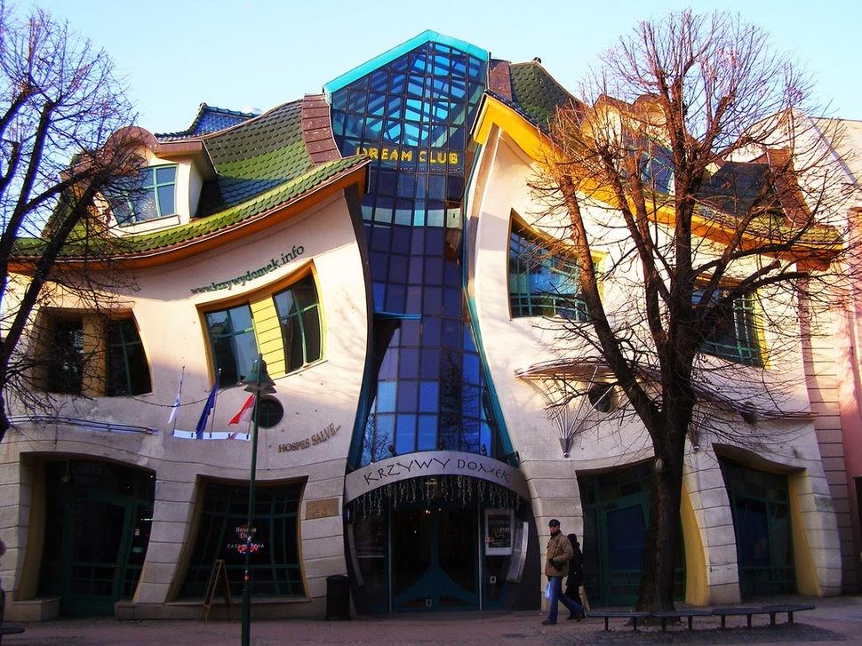 Os prédios mais loucos do Mundo - Casa Retorcida - Sopot, Polónia