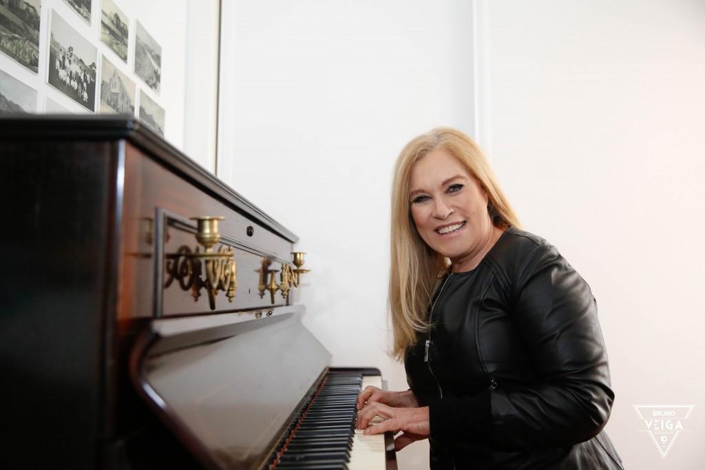 Eu tenho sonhos por realizar - Teresa Guilherme ao piano