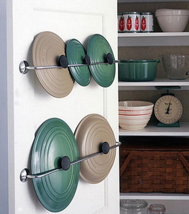Ideias criativas para arrumações - guardar tampas de panelas