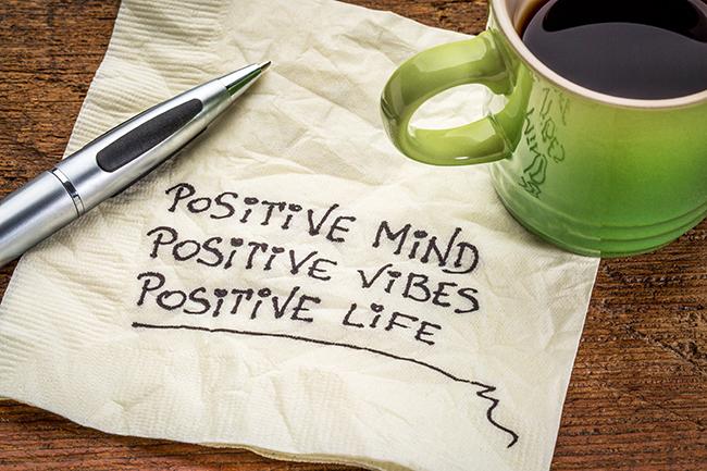 Dicas para se libertar de pensamentos tóxicos - Usa sempre frases positivas