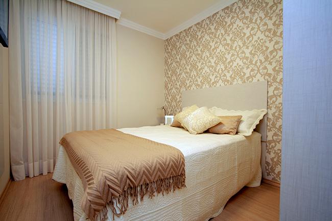 Truques de decoração para a sua casa parecer muito maior - use cortinas leves, da mesma cor das paredes