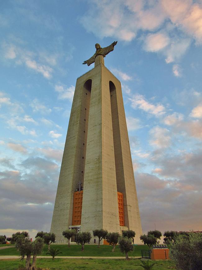 Monumentos que nos enchem de orgulho - Cristo Rei, Almada