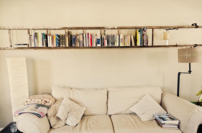 13 ideias fantásticas para organizar os seus livros - estante escadote