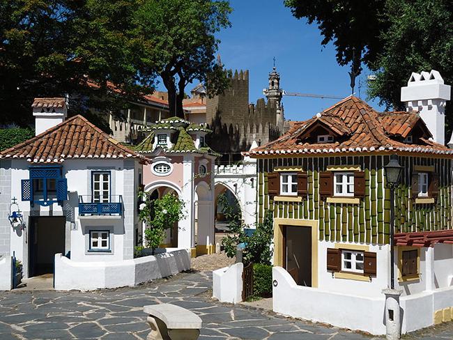 Monumentos que nos enchem de orgulho - Portugal dos Pequeninos, Coimbra