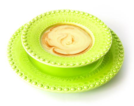 Aprenda a fazer 2 sopas detox com Lillian Barros - Sopa de couve flor e canela