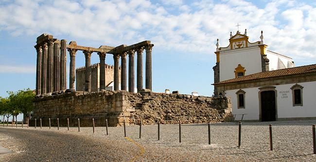 Monumentos que nos enchem de orgulho - Templo Romano, Évora