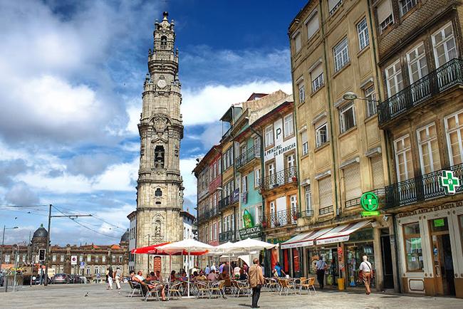 Monumentos que nos enchem de orgulho - Torre dos Clérigos, Porto