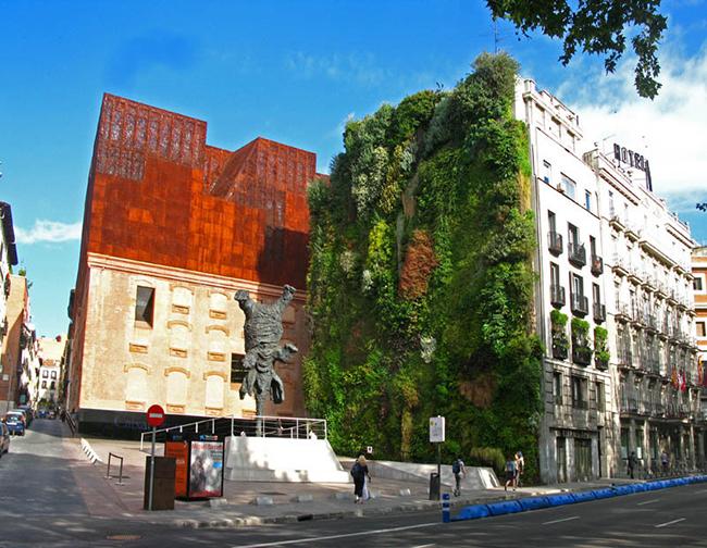 Jardins verticais dignos dos céus - Caixa Forum, Madrid, Espanha