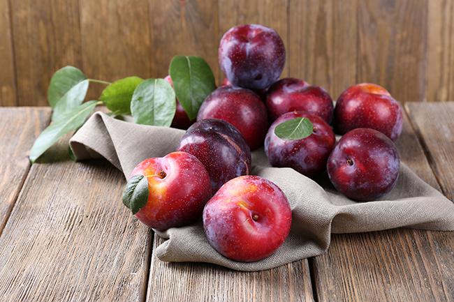 Top 10 frutos menos calóricos - ameixa