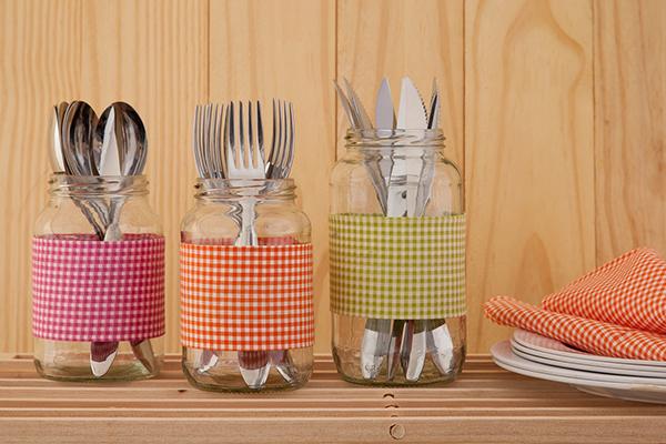 Reciclar frascos de vidro com tecidos