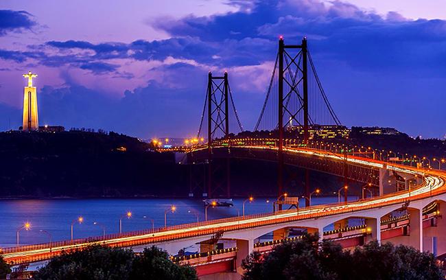 Ponte 25 de Abril, Lisboa, Portugal - As 15 pontes mais espectaculares do mundo