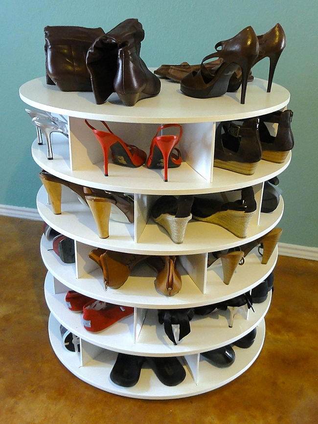 Ideias para organizar os seus sapatos - estante redonda