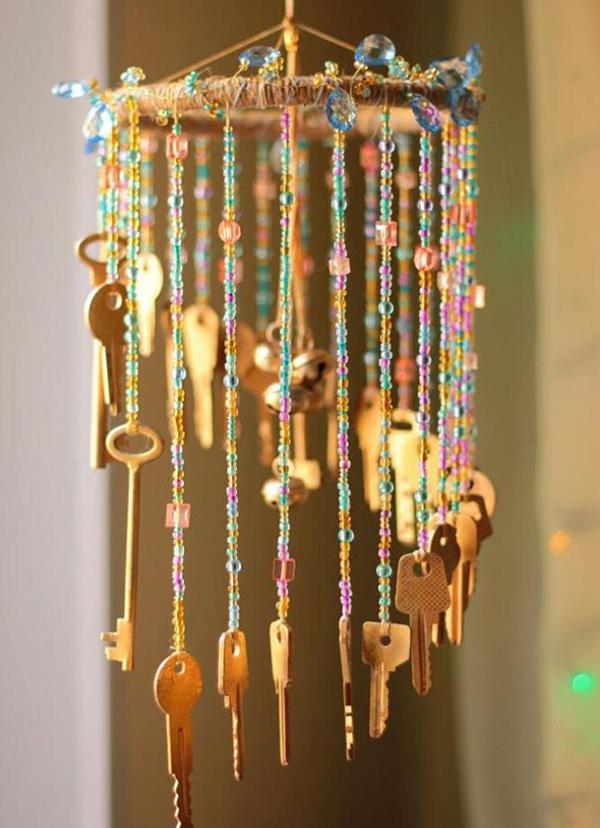 Espanta espíritos lindos que pode fazer em sua casa - feito com chaves e missangas