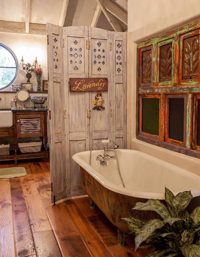 Os biombos e as 1001 maneiras de os usar - biombo junto à banheira