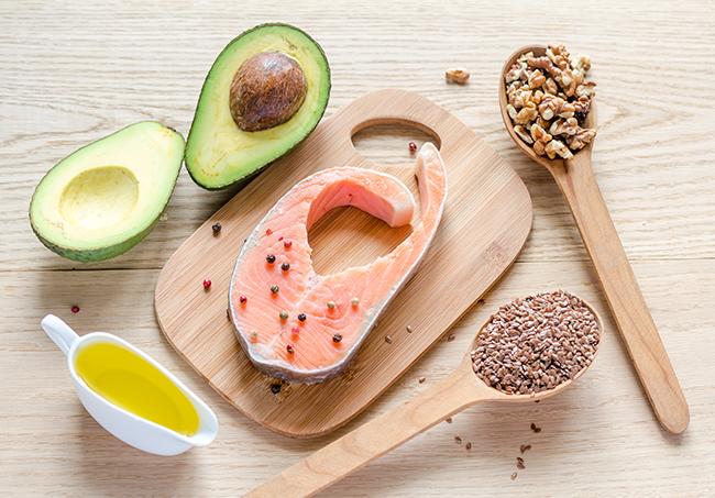 Alimentos ricos em proteína e gordura saudável ajudam a perder gordura abdominal