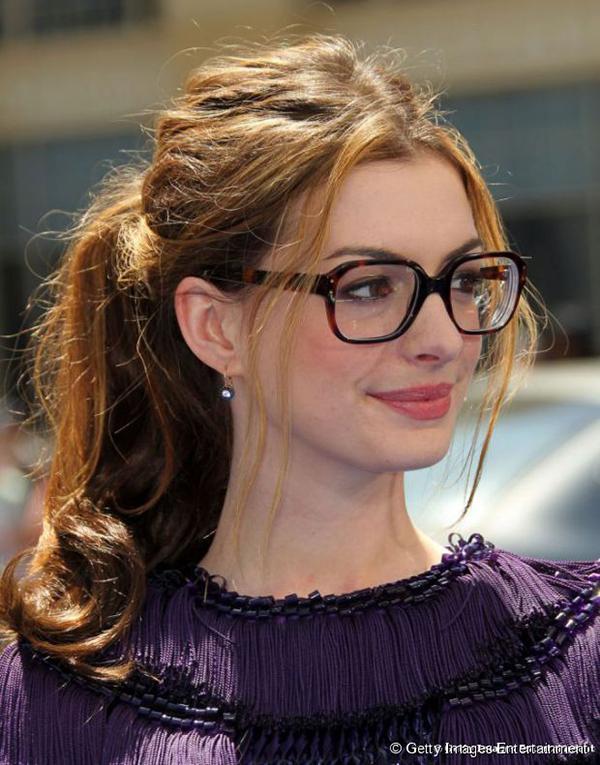 Acessórios que mais a favorecem - se usa óculos