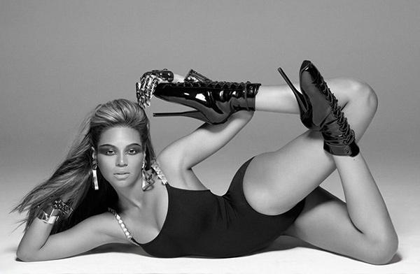 Os 10 sapatos mais bizarros de sempre - Beyonce