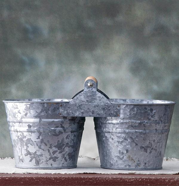 Centros de mesa - baldes de metal