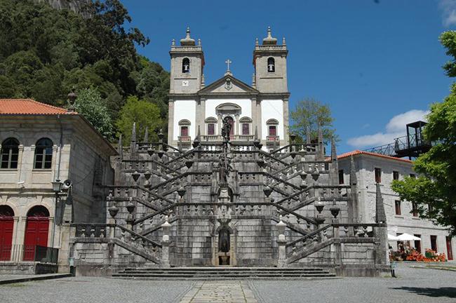 Lugares Santos em Portugal: Santuário de Nossa Senhora da Peneda, Gavieira, Arcos de Valdevez