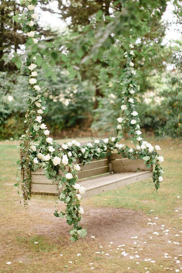 Baloiços e cadeiras - baloiço romântico com flores