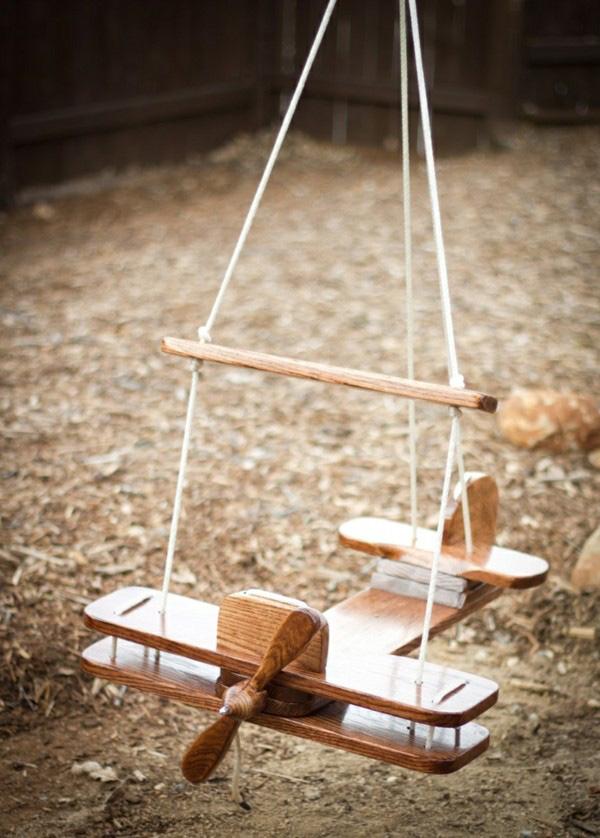 Baloiços e cadeiras - baloiço em forma de avião