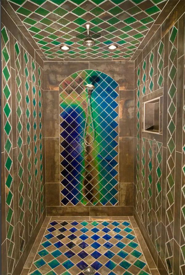 Duches de sonho - azulejos que mudam de cor