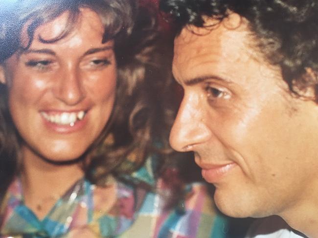 O meu primeiro grande amor - Apaixonada e bem focada - Teresa Guilherme e Raul Durão
