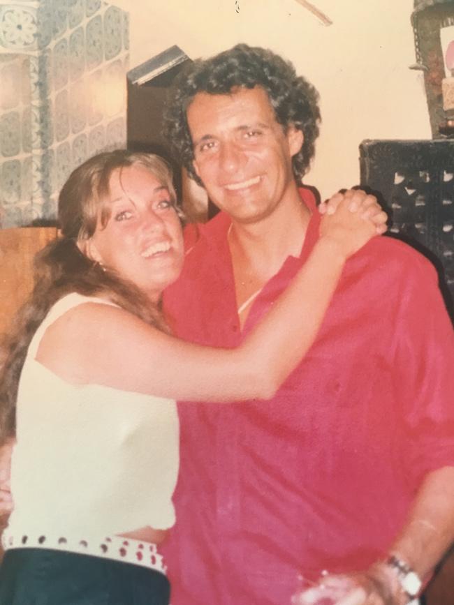 O meu primeiro grande amor - Felicidade - Teresa Guilherme e Raul Durão