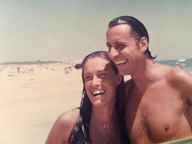 O meu primeiro grande amor - Praia. O nosso local de eleição. Teresa Guilherme e Raul Durão