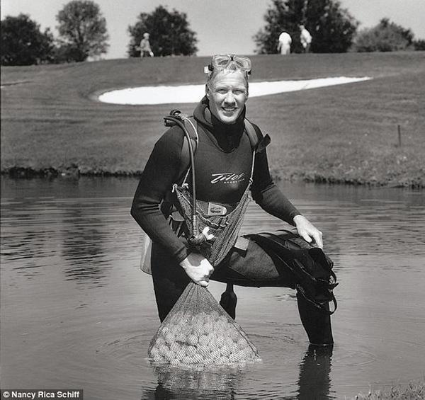 Profissões mais estranhas do mundo - Mergulhador de golf
