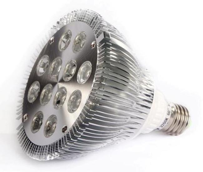 Ideias para a casa ficar mais fresca - opte por lâmpadas leds