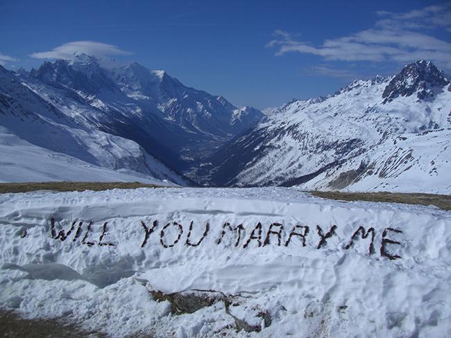 Os pedidos de casamento mais originais e românticos - Escrito na neve