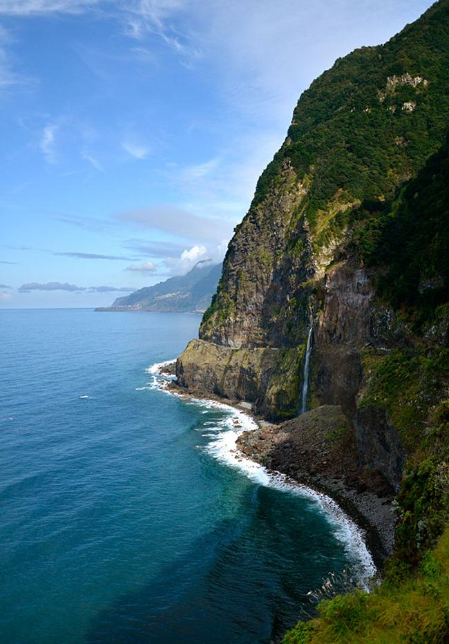 As cascatas mais deslumbrantes do mundo - Cascata Véu da Noiva, Madeira, Portugal