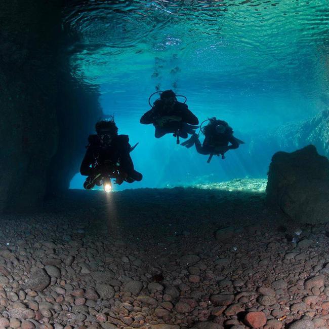Lugares fantásticos para fazer mergulho em Portugal - Arquipélago das Berlengas