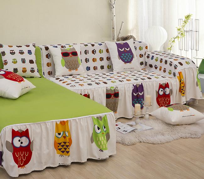 Ideias para a casa ficar mais fresca - cubra os sofás com tecidos leves