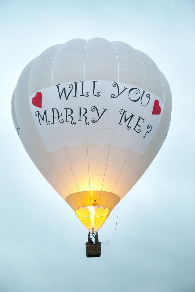 Os pedidos de casamento mais originais e românticos - num balão de ar quente