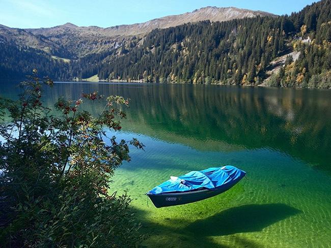 As águas mais cristalinas - 10 locais de sonho - Lago Arnensee, Suíça