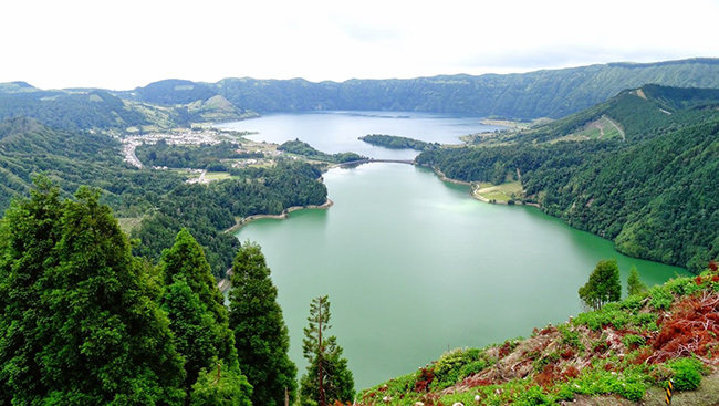 Os mais belos miradouros portugueses - Miradouro da Lagoa das Sete Cidades, Açores