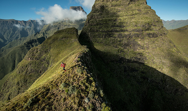 Os caminhos mais perigosos do mundo - Travessia do Norte Drakensberg, África do Sul