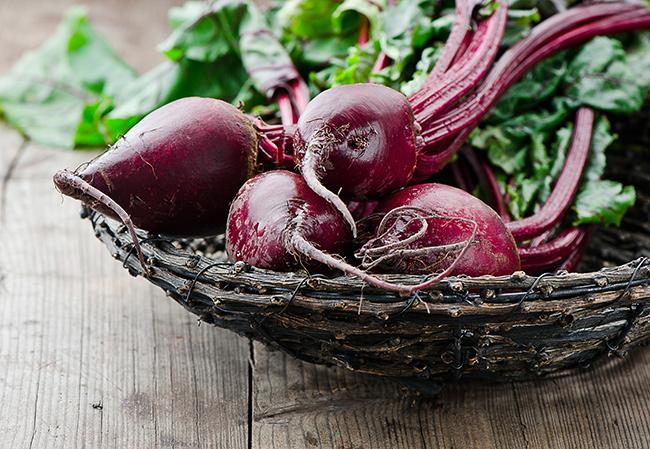 Frutos e vegetais que ajudam a manter a pele bronzeada - Beterraba